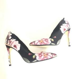 Ted Baker Floral Pointy Toe Pumps Heels Close Toe